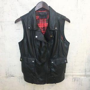Forever 21 Black Faux Leather Vest Jacket